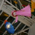 каркасные куклы, зонты, осенний декор